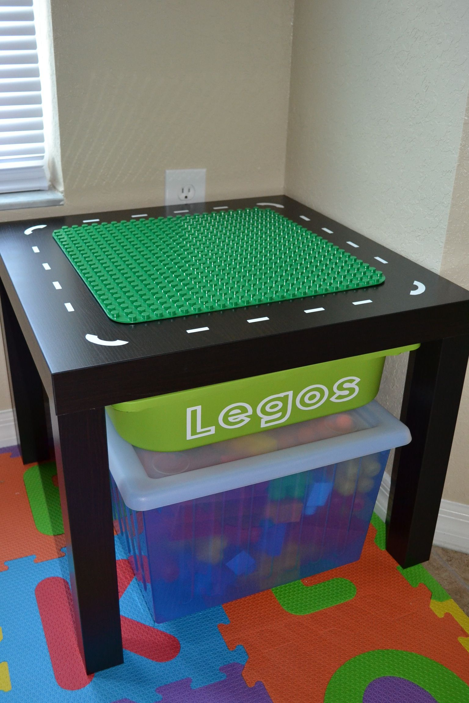 Ikea inspired lego table use velcro to hold the duplo mat down so it can be changed out when for Table up and down ikea