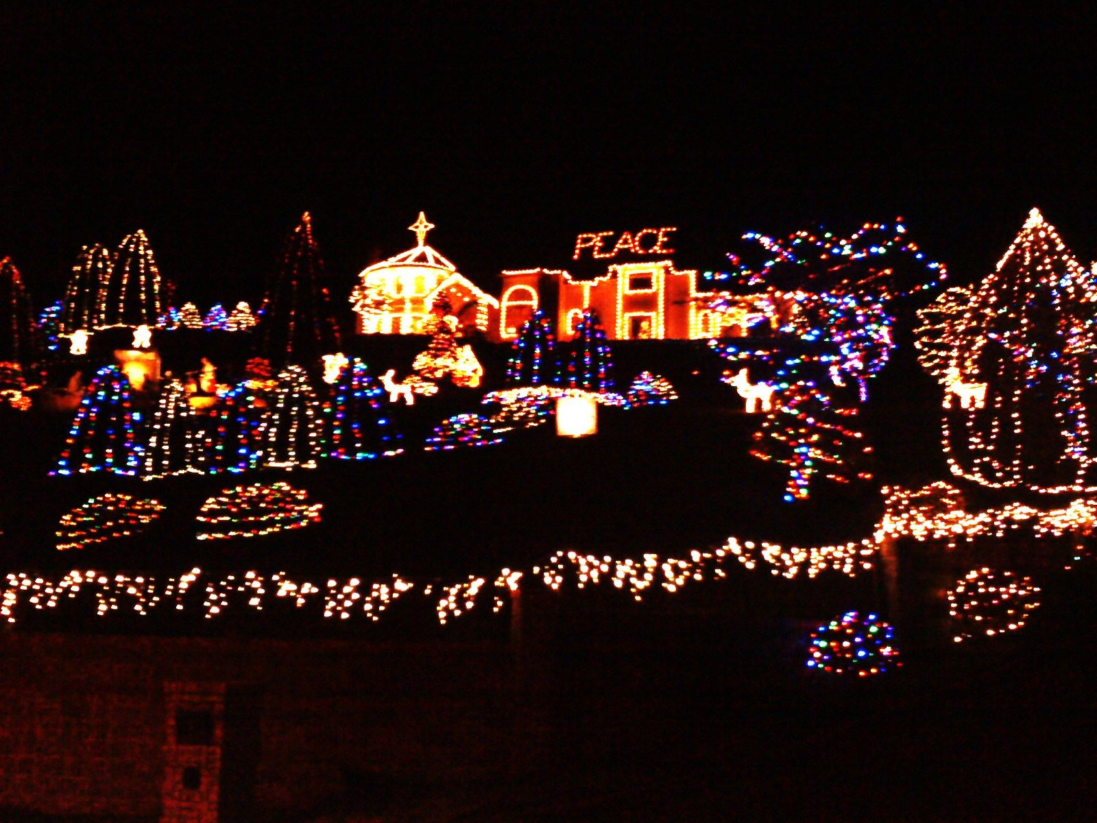 McLean Blvd. mansion at Christmas Eugene, OR | Eugene, my home in ...