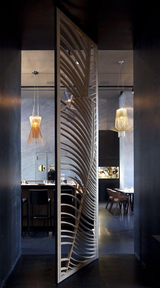 Gallery of Taizu Restaurant / Pitsou Kedem Architects + Baranowitz - store occultant porte fenetre
