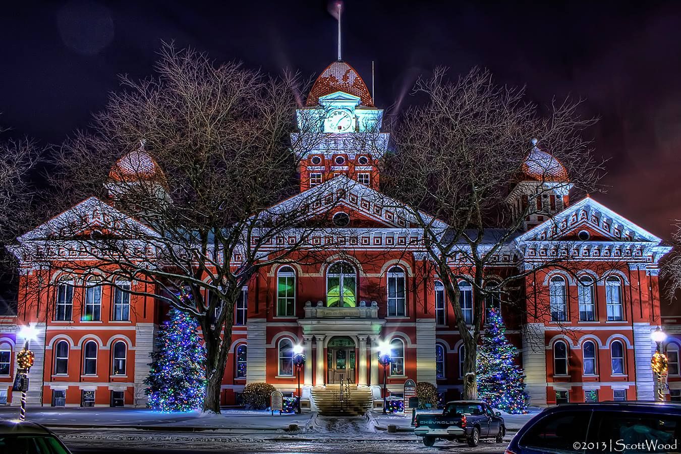 Crown Point, Indiana Court House. Remember putting