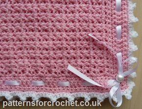 Free baby crochet pattern for stroller blanket http://www.patternsforcrochet.co.uk/baby-pram-cover-blanket-usa.html #patternsforcrochet #freebabycrochetpatterns