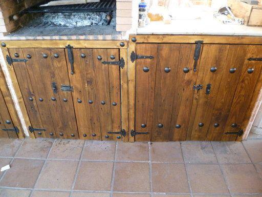 Imagen 8 palets pinterest puertas r sticas palets y - Estructuras con palets ...