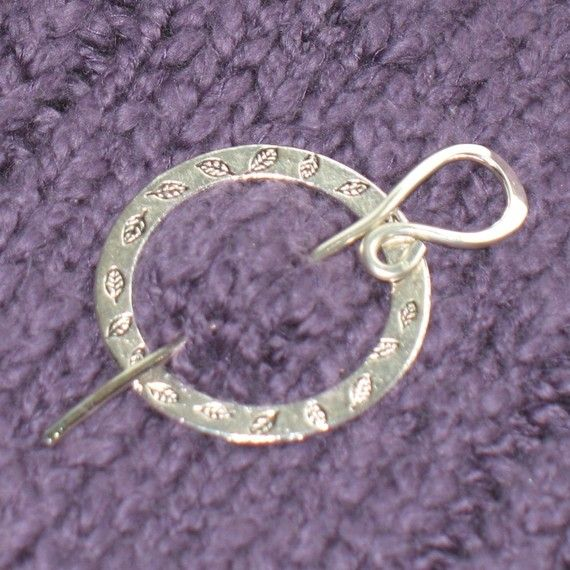 SHAWL PIN Reversible silver with flowers and leaves | Wire ...