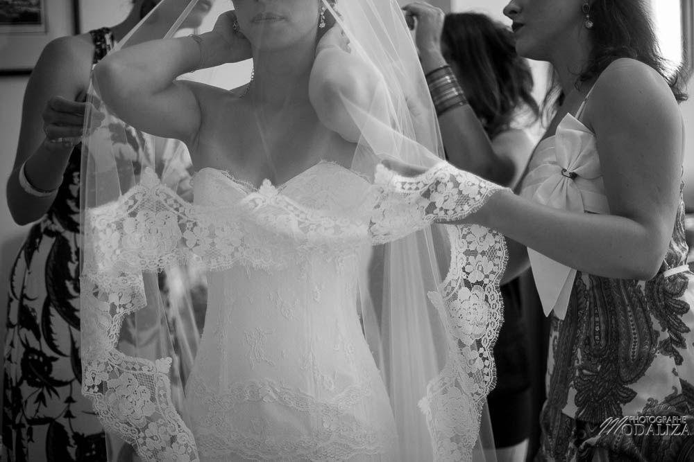 photo reportage mariage lace wedding dress cymbeline robe dentelle préparatifs mariés romantique chic nature chateau gontaud de nogaret lot et garonne peche peach fleurs de mars frederic kazan coiffure bride france by modaliza photographe-6405