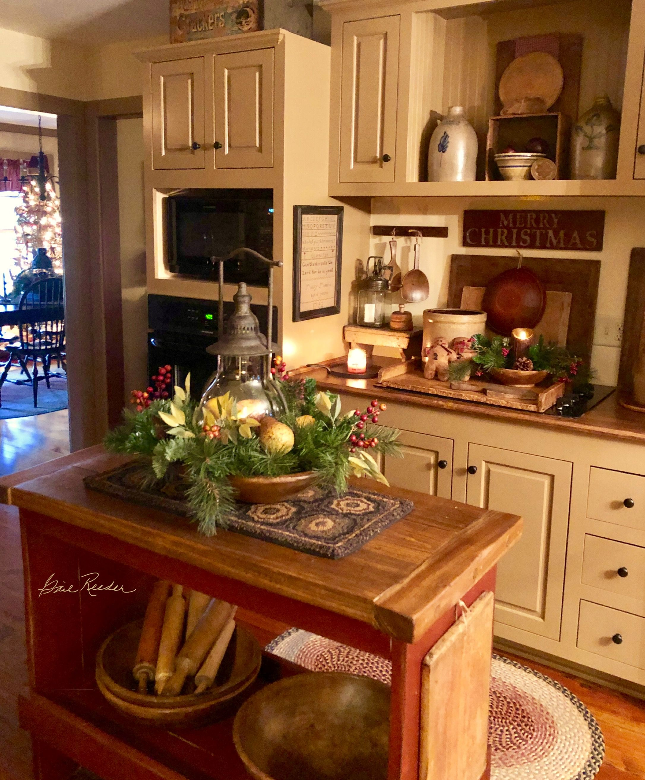 pin by debbie stanfield on prim decorating primitive kitchen kitchen cabinets decor on kitchen id=44694