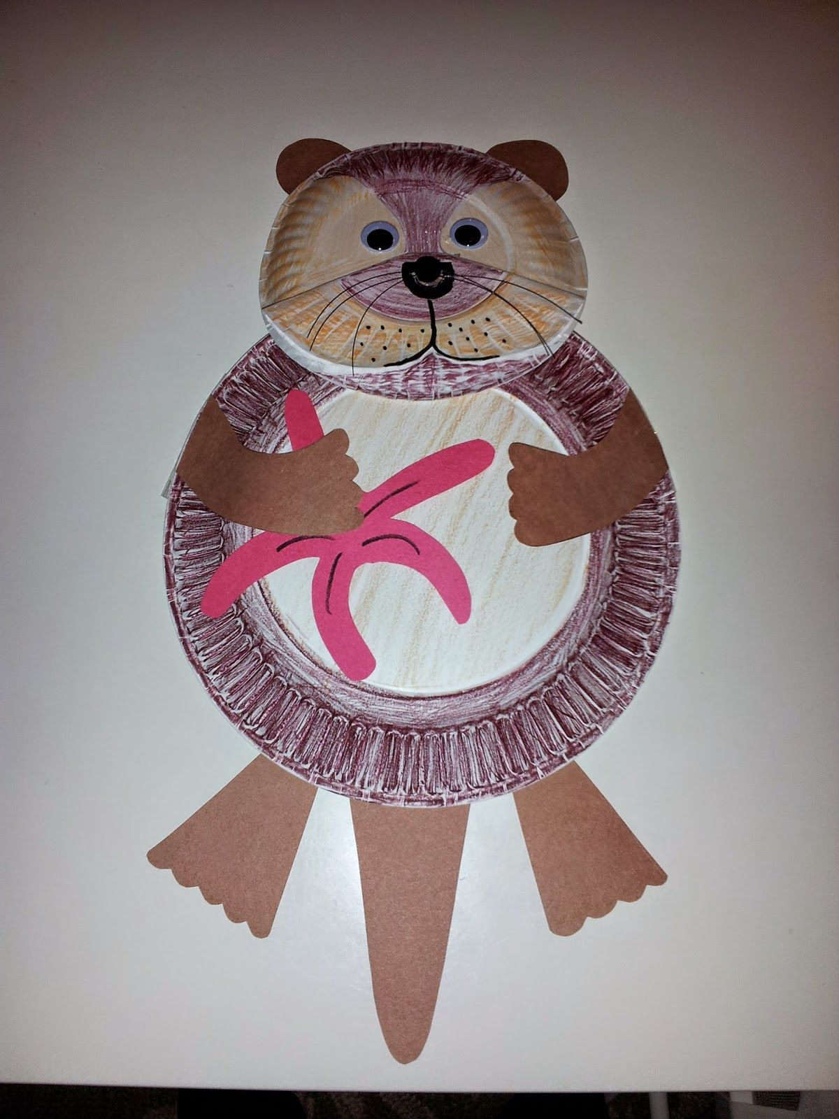 cute paper plate sea otter art project by