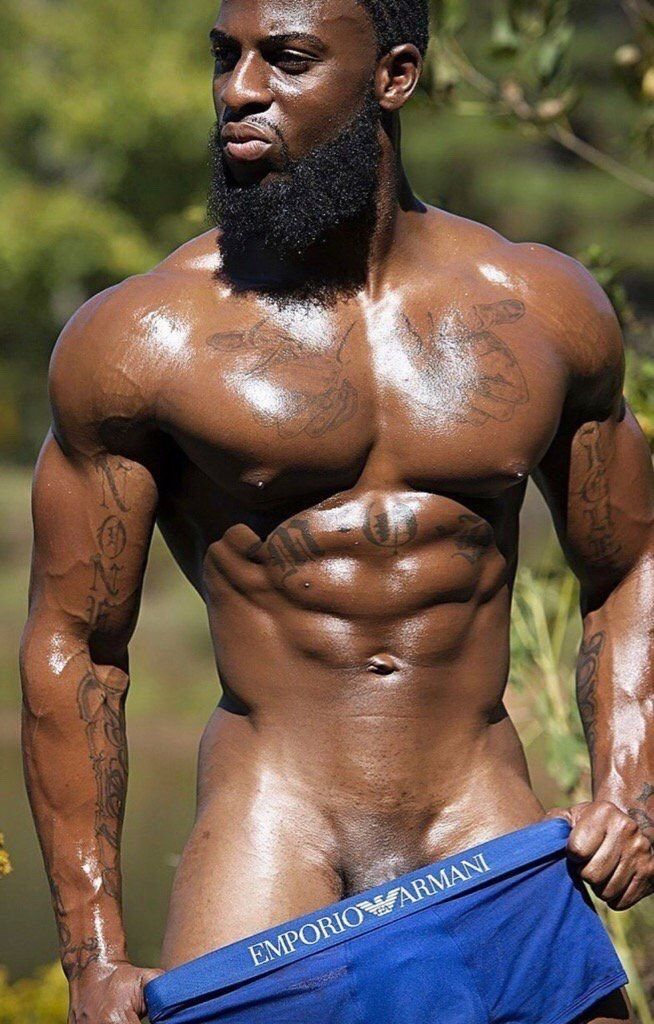 Muscle Gay Males