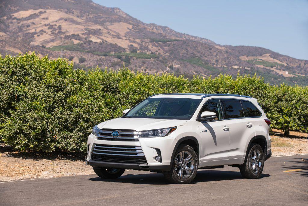 2018 Toyota Highlander Hybrid The Best All Around Midsize