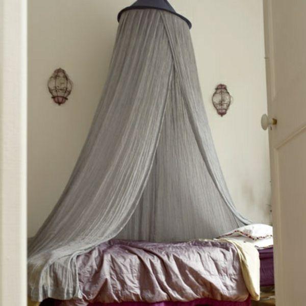 graue durchsichtige gardinen fürs bett im schlafzimmer - modern - gardinen f rs schlafzimmer