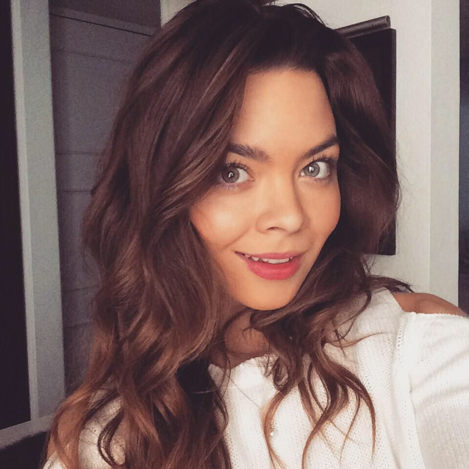 Is a cute Scarlett Byrne naked (97 photo), Ass, Cleavage, Boobs, swimsuit 2017
