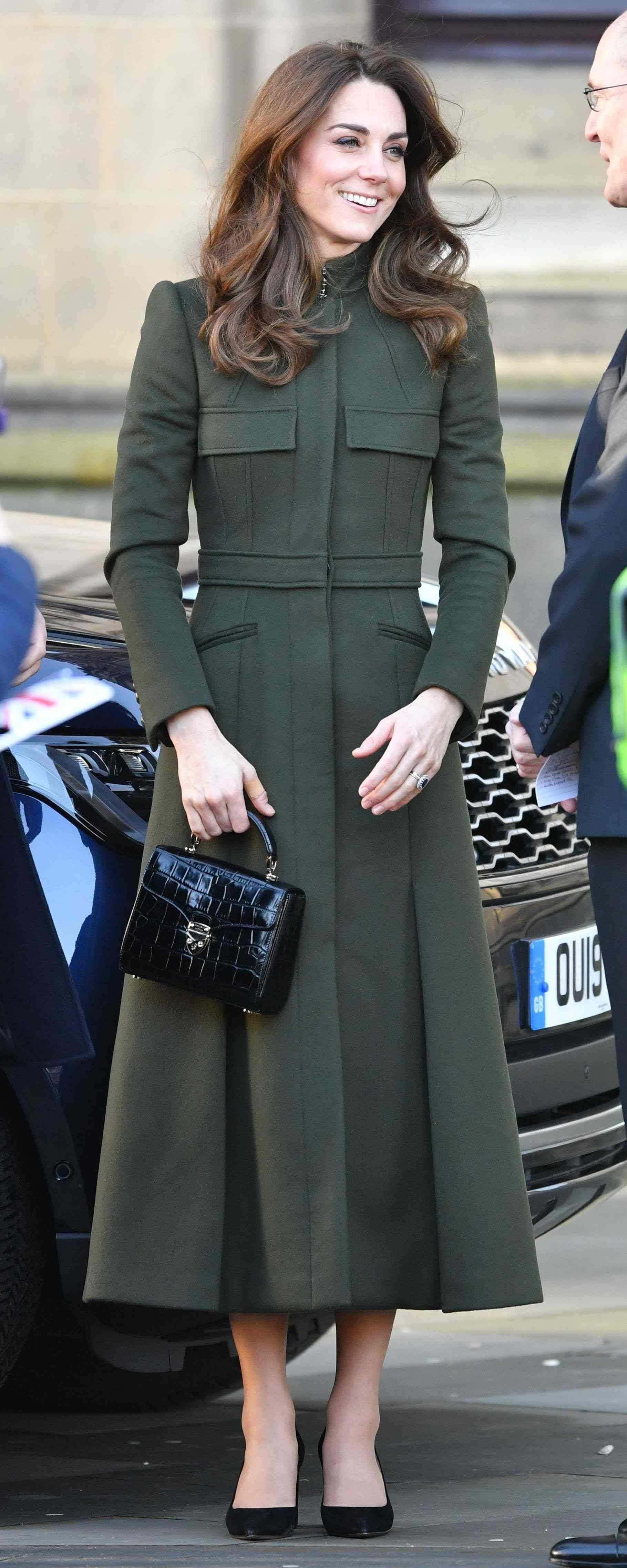 15 Jan 2020 Duchess Of Cambridge Visits Bradford In 2020 Kate Middleton Style Outfits Kate Middleton Outfits Kate Middleton Dress