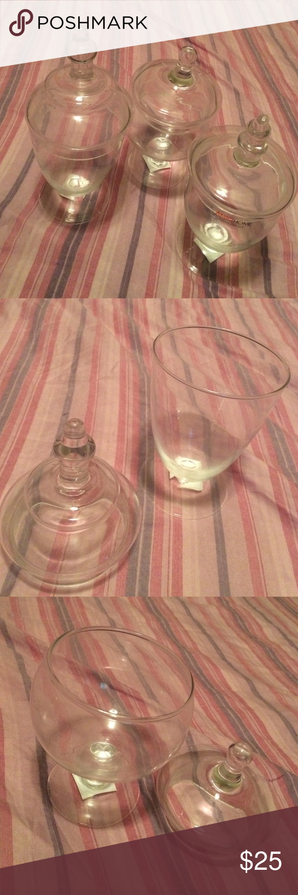3 glass containers. Exactly as shown, gently used, like new, says they are dishwasher safe. Other