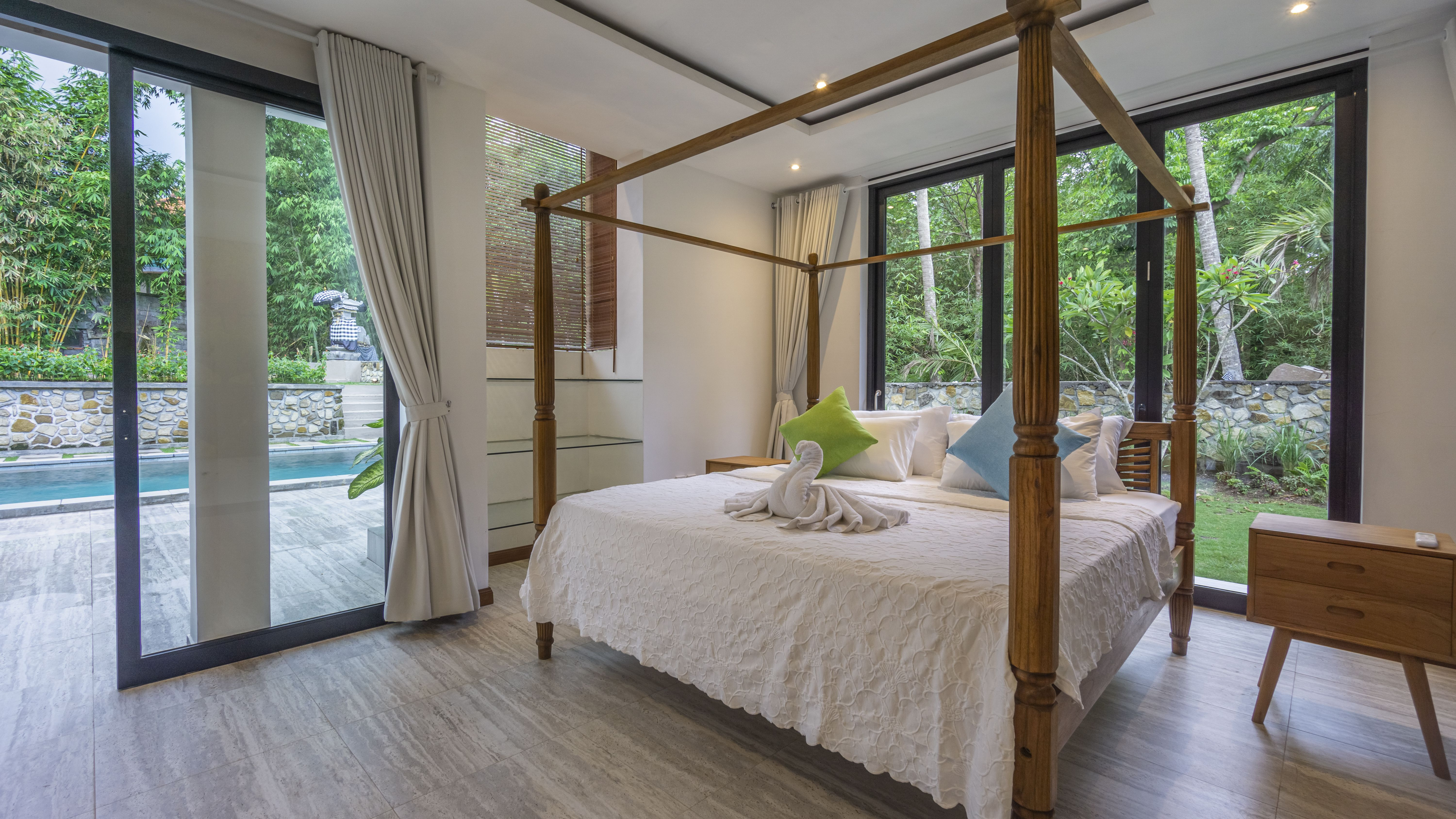 A Luxurious 3 Bedroom Villa In The South Of Ubud Could Be What Everyone Has Been Looking For Spacious Living Villa Rental Villa