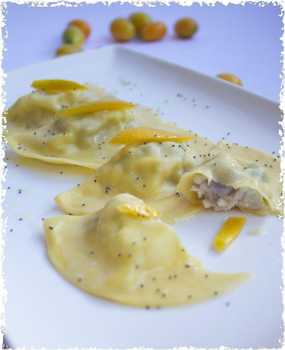 Ravioli di branzino con salsa al Kumquat