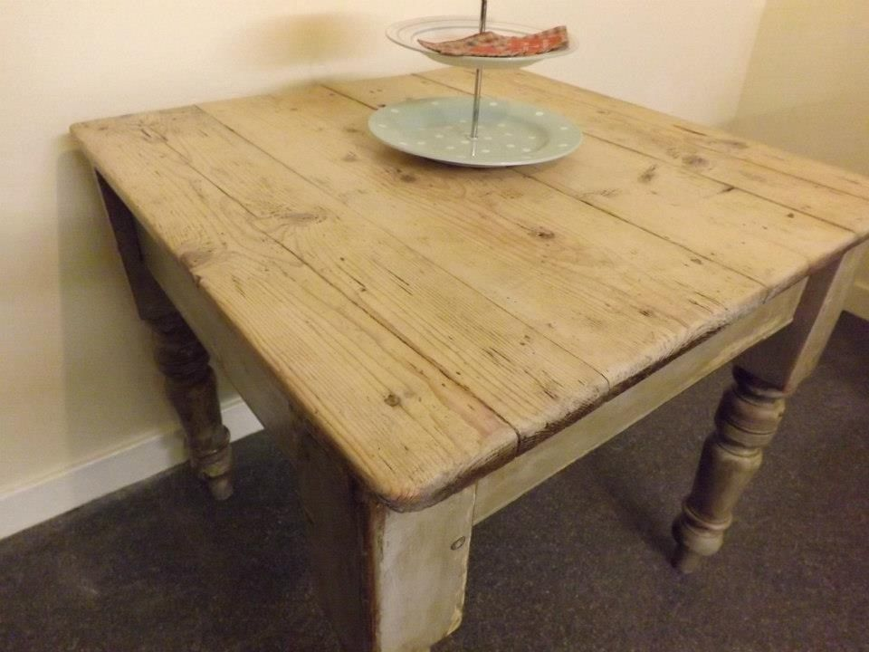 Victorian Scrubbed Pine Table