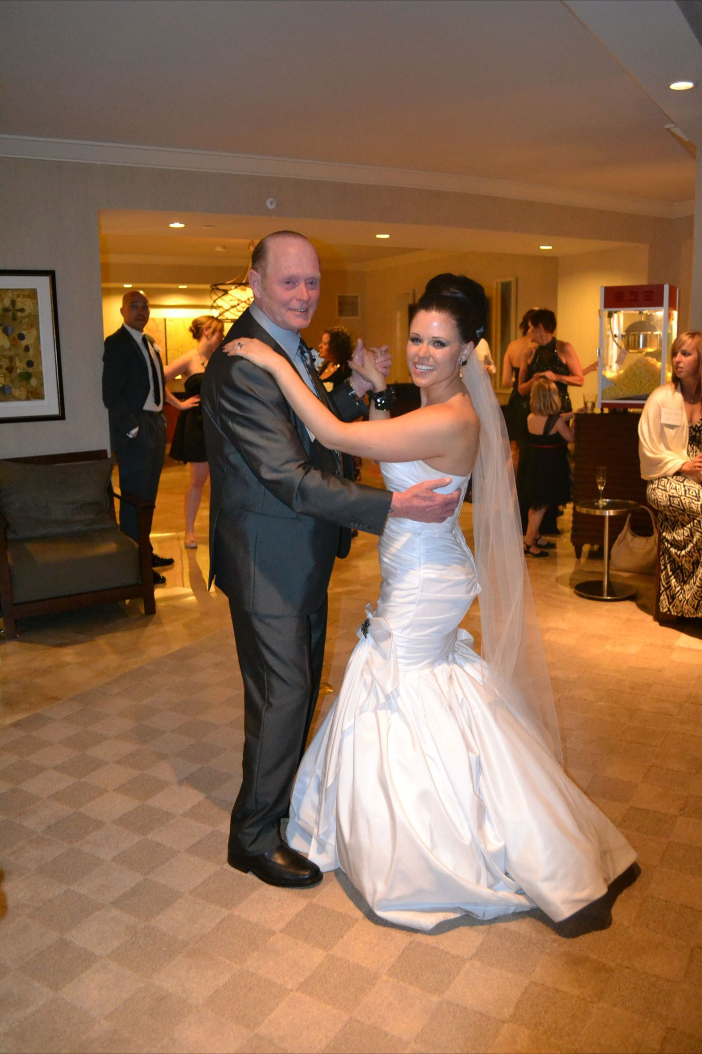 How to throw wedding reception in a vegas hotel suite weddings