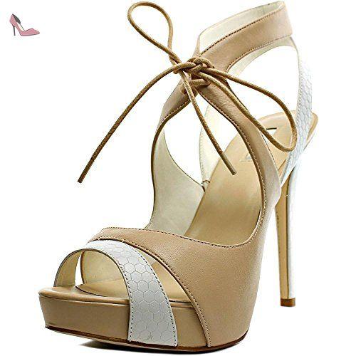 ec979828e94e Guess Hedday Femmes US 9.5 Beige Talons Compensés - Chaussures guess  ( Partner-Link