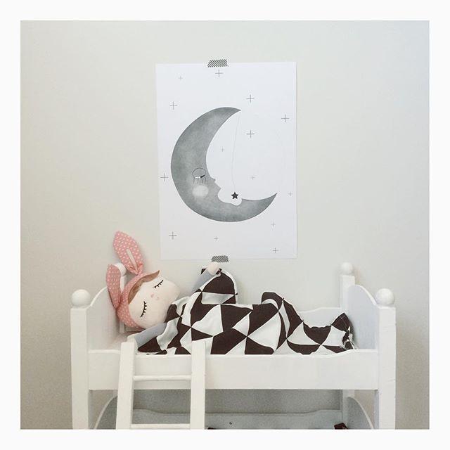 "Amaya on Instagram: ""#nightnight #goodnight #goodnightmoon #moon #illustration #kidsdeco #kidsdesign #kidsinterior #modernkids #m…   Kids deco ..."