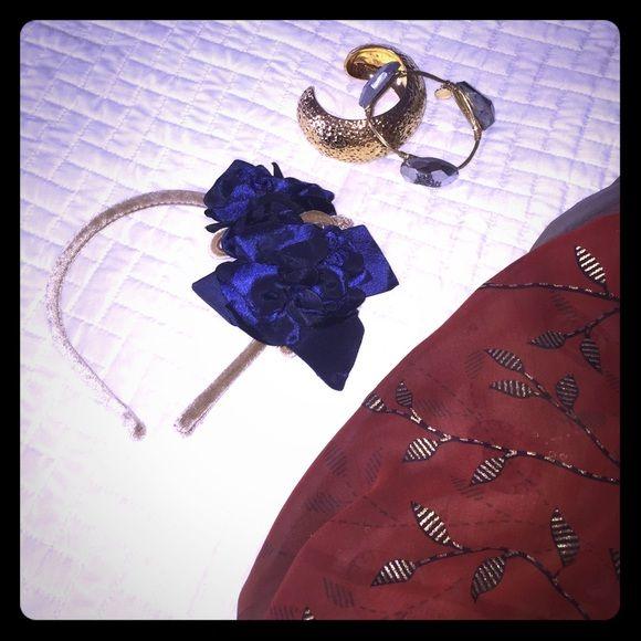 BLUE FLOWER BEIGE HEADBAND  So chic! Accessories Hair Accessories