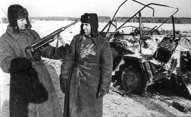 Soviet soldiers near Tula, 1941- A second attempt was made against the Second Panzer Army near Tula, but met strong opposition near Rzhev and was forced to halt, forming a salient that would last until 1943. In the south, the offensive went equally well, with Southwestern Front forces relieving Tula on 16 December 1941. A major achievement was the encirclement and destruction of the German XXXIX Corps, protecting Guderian's Second Panzer Army's southern flank