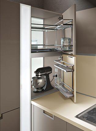 Neben dem Apothekerschrank für Küchengeräte? Abgesetzt auf - apothekerschrank für küche