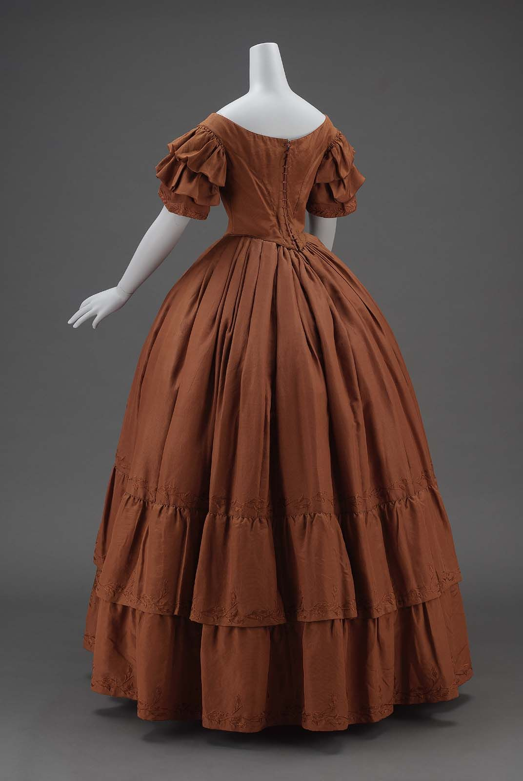 Pin On 19th Century 1840s Women S Fashion [ 1600 x 1072 Pixel ]