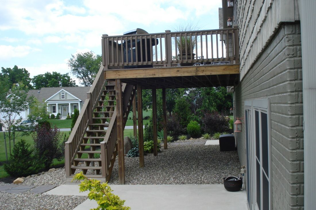 Gravel Underneath Wood Deck Patio Under Decks Patio Gravel Patio
