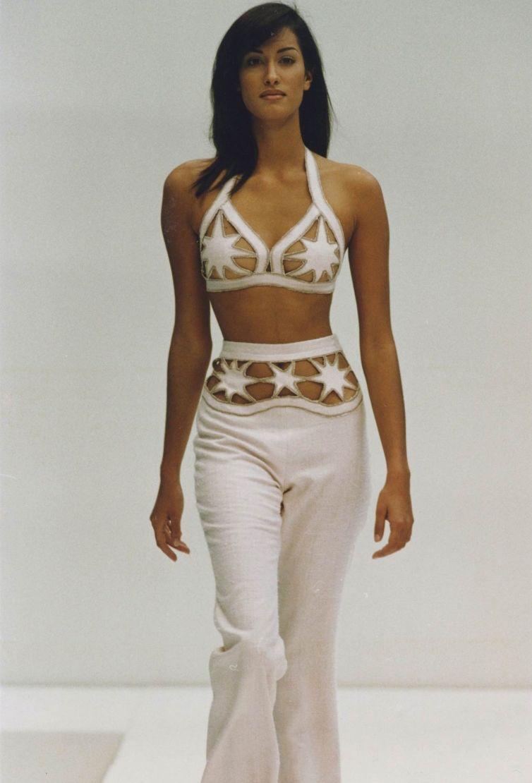Cleavage Bikini Yasmeen Ghauri CAN 21996-1997  naked (25 photos), YouTube, braless