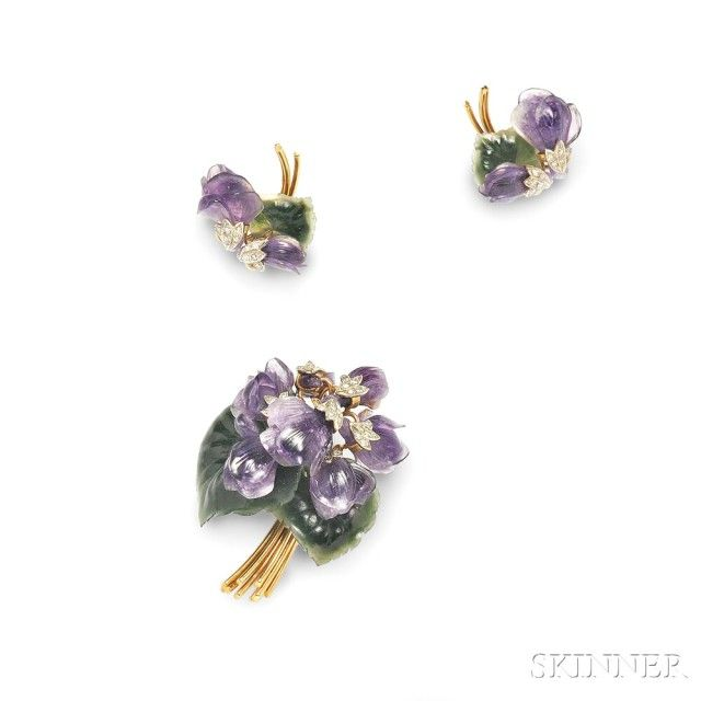 18kt Gold and Hardstone Flower Suite | Sale Number 2899B, Lot Number 364 | Skinner Auctioneers