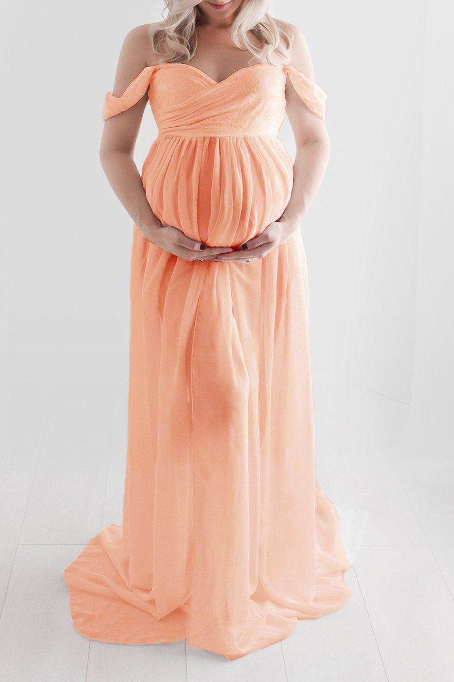 Umstandsmode Elegantes schulterfreies Maxikleid   – Maternity photo ideas