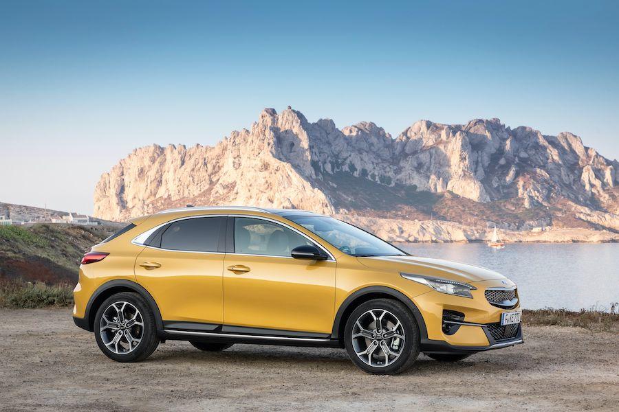 Unsere Autovorstellung Kia Xceed Crossover Sehr Sportliches Crossover Das Sich Sportlich Und Bequem Fahren Lasst Flotte Individualist In 2020 Autos Crossover Fahren