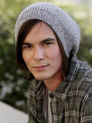 Tyler Blackburn gave us the inside scoop on Caleb & Hannah's breakup, plus how he deals with ex-GFs in real life!