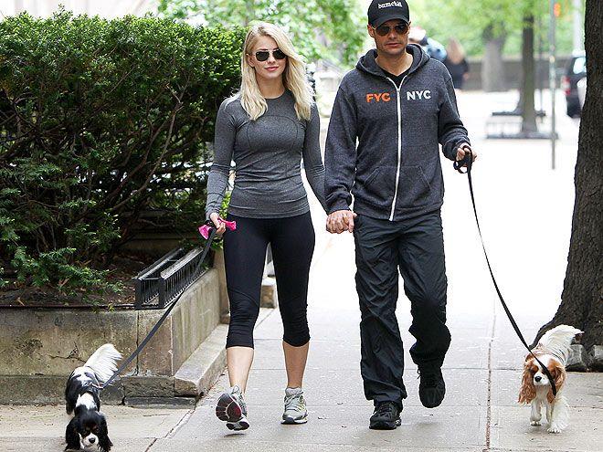 Ryan Seacrest Julianne Hough Split Breakup Photos Cavalier