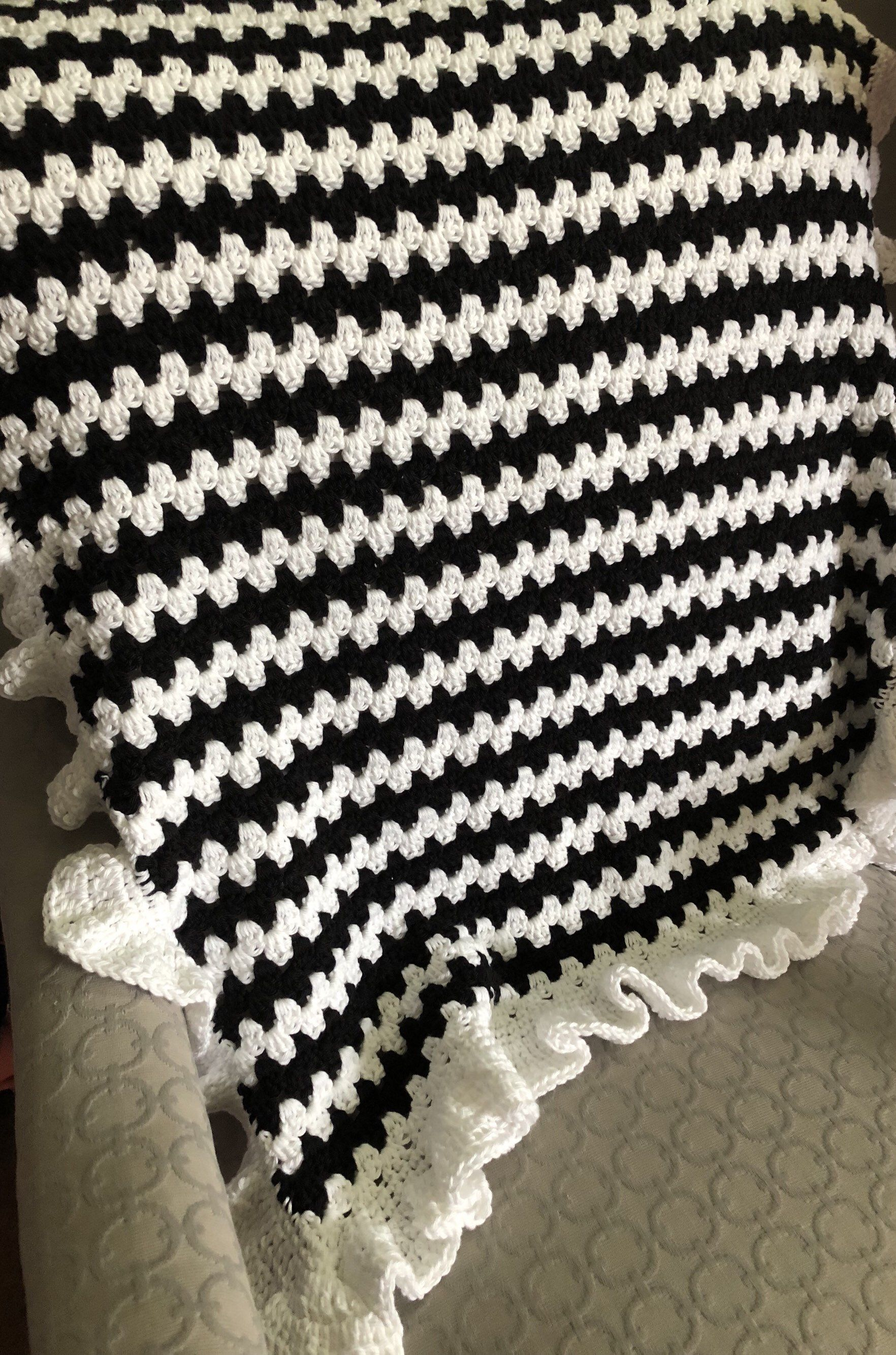 Black And White Blanket Crochet Baby Blanket Granny Stripe Etsy Baby Blanket Crochet Striped Crochet Blanket Crochet Blanket Granny Stripe