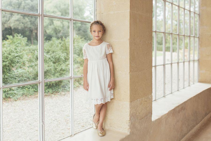 Robe Bohême Chic Enfant Pour Mariage Et Cérémonie. Cette