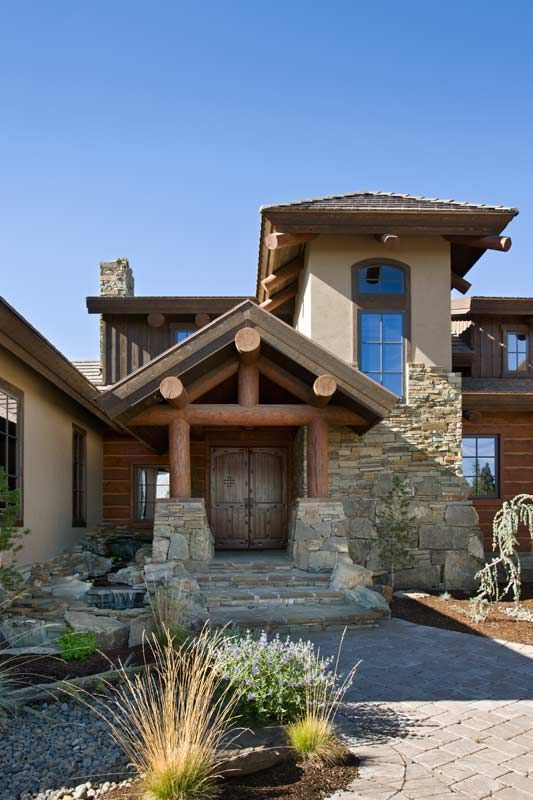 Compact Hybrid Timber Frame Home Design Photos Timber Home Living: A Rustic Timber Home Built On A Golf Course In Bend, Oregon. Photo Credit: Roger Wade.
