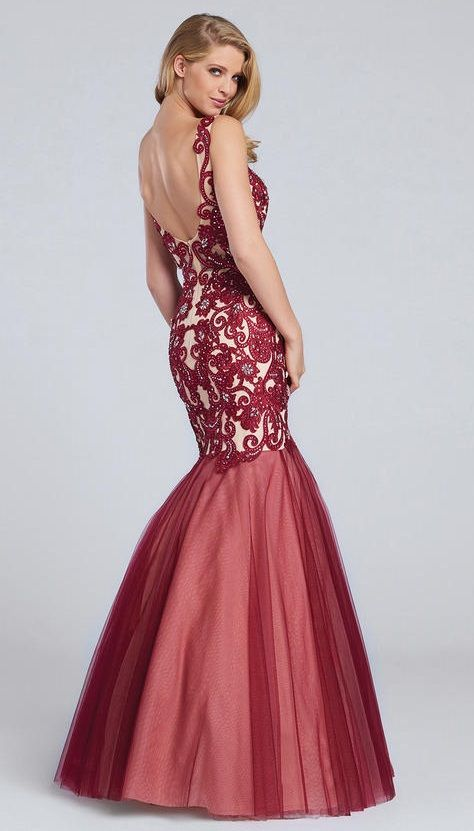 Ellie Wilde for Mon Cheri EW117100 is a sleeveless Ellie Wilde prom gown in Tulle and Lace with a mermaid silhouette and a low scoop back.