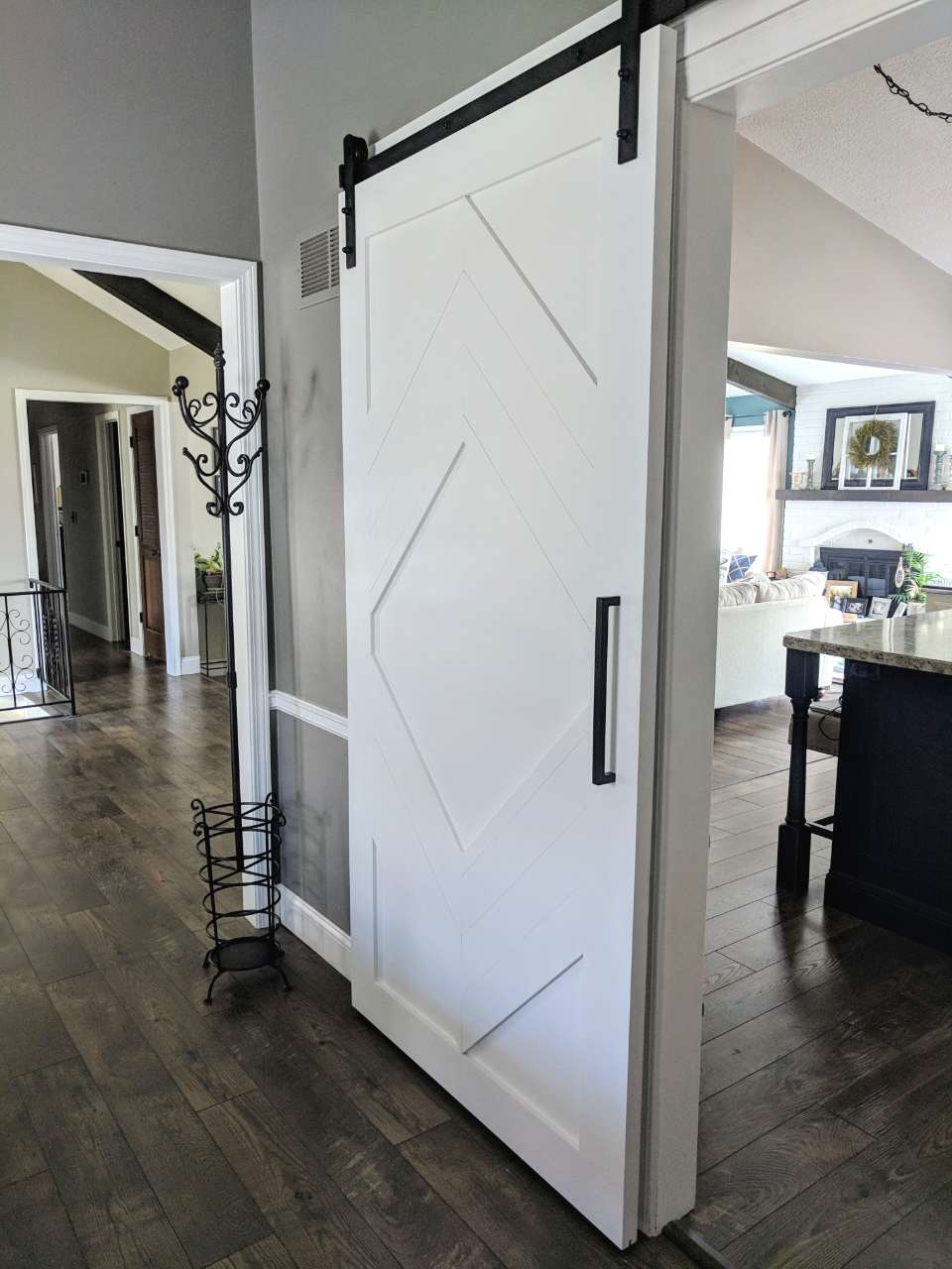 Hollow Diamond Barn Door Walston Door Company N Kansas City Mo Barn Door Farmhouse Doors Modern Barn Door