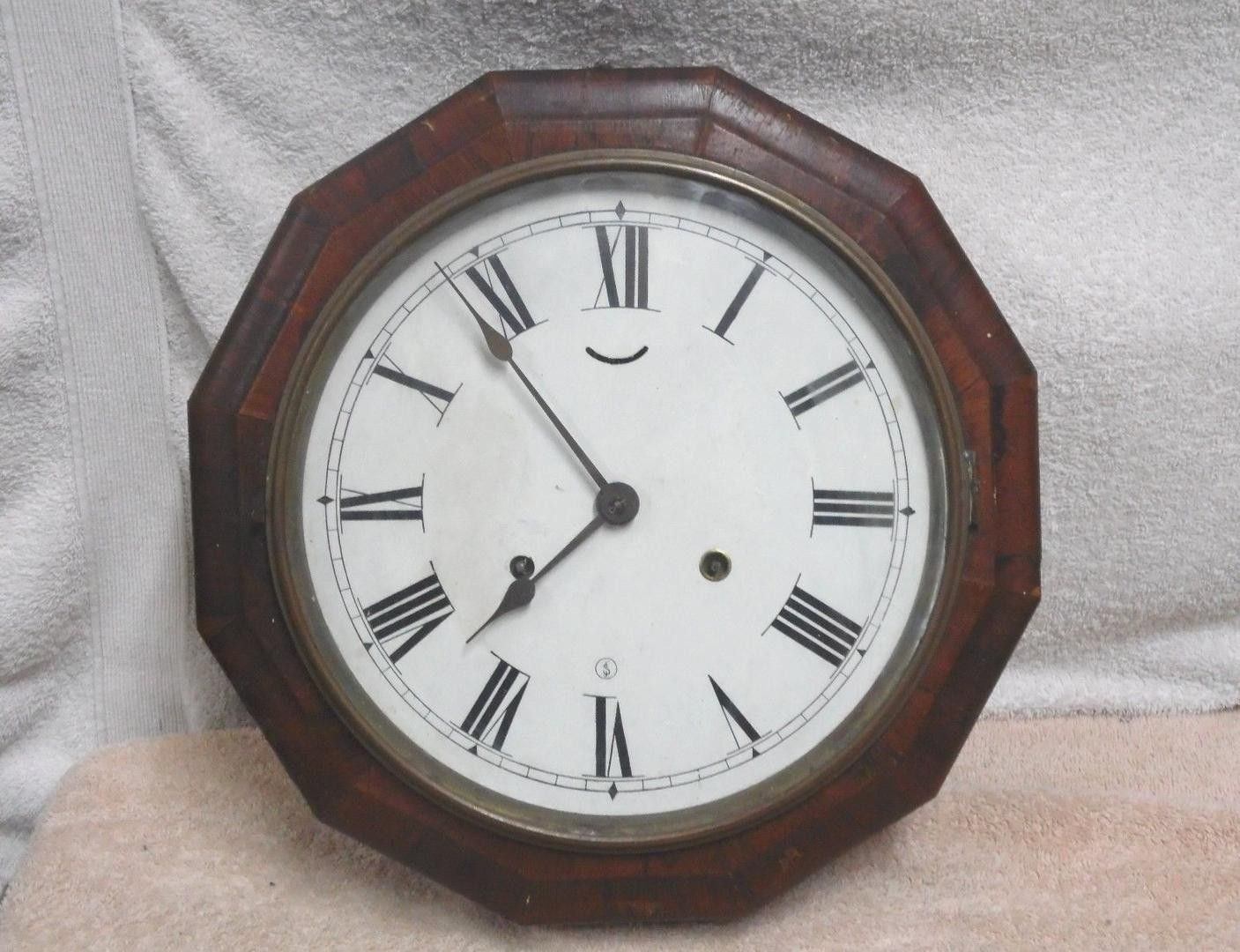Antique seth thomas 8 day lever wind up wall clock for repair antique seth thomas 8 day lever wind up wall clock for repair clock dont amipublicfo Choice Image
