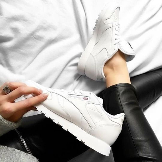 Épinglé par Maxi Paris sur LOOKING FRESH | Reebook shoes et