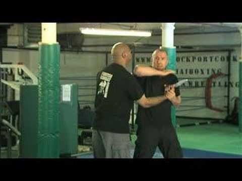 Urban Krav Maga: knife threat to side of neck