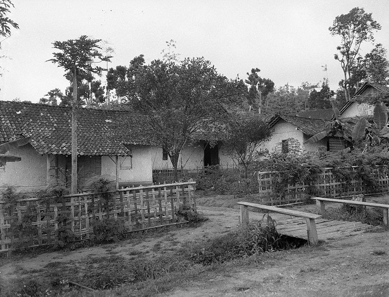 Perkampungan Di Salatiga Jawa Tengah Agustus 1947 Pedesaan Hidup Indonesia