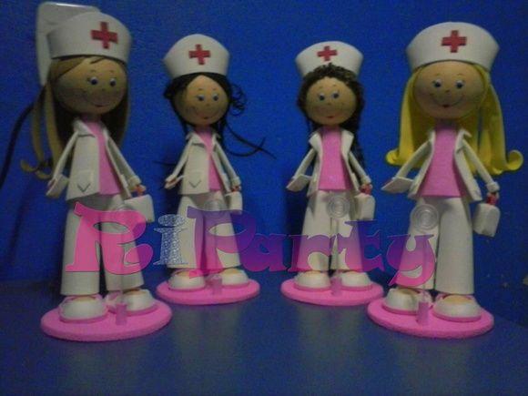 Boneca em eva 3D Enfermeira