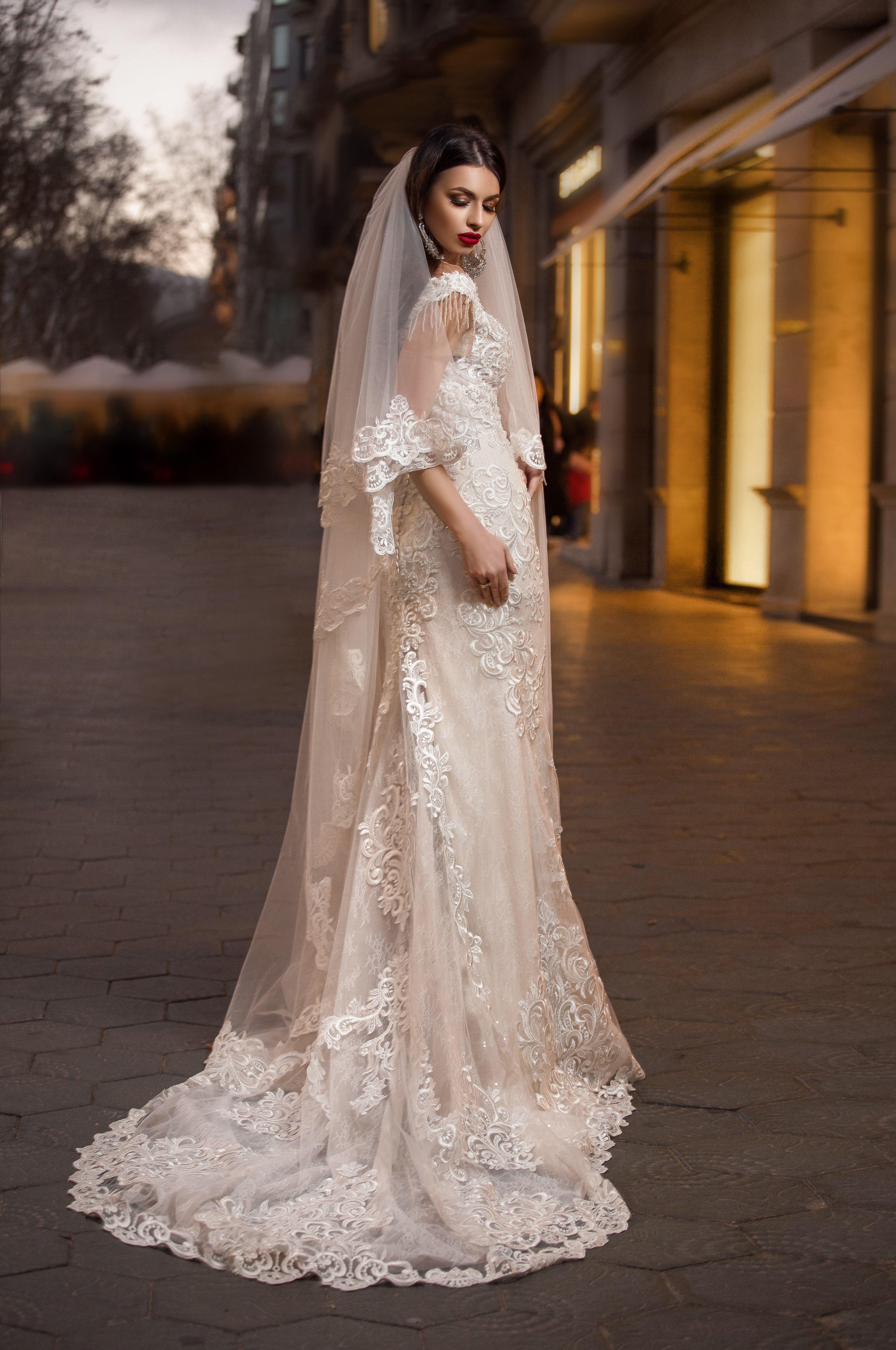 bafde0ca6b8 Свадебное платье Isabel от дома свадебной и вечерной моды Pollardfi Fashion  Group В наличии свадебные платья