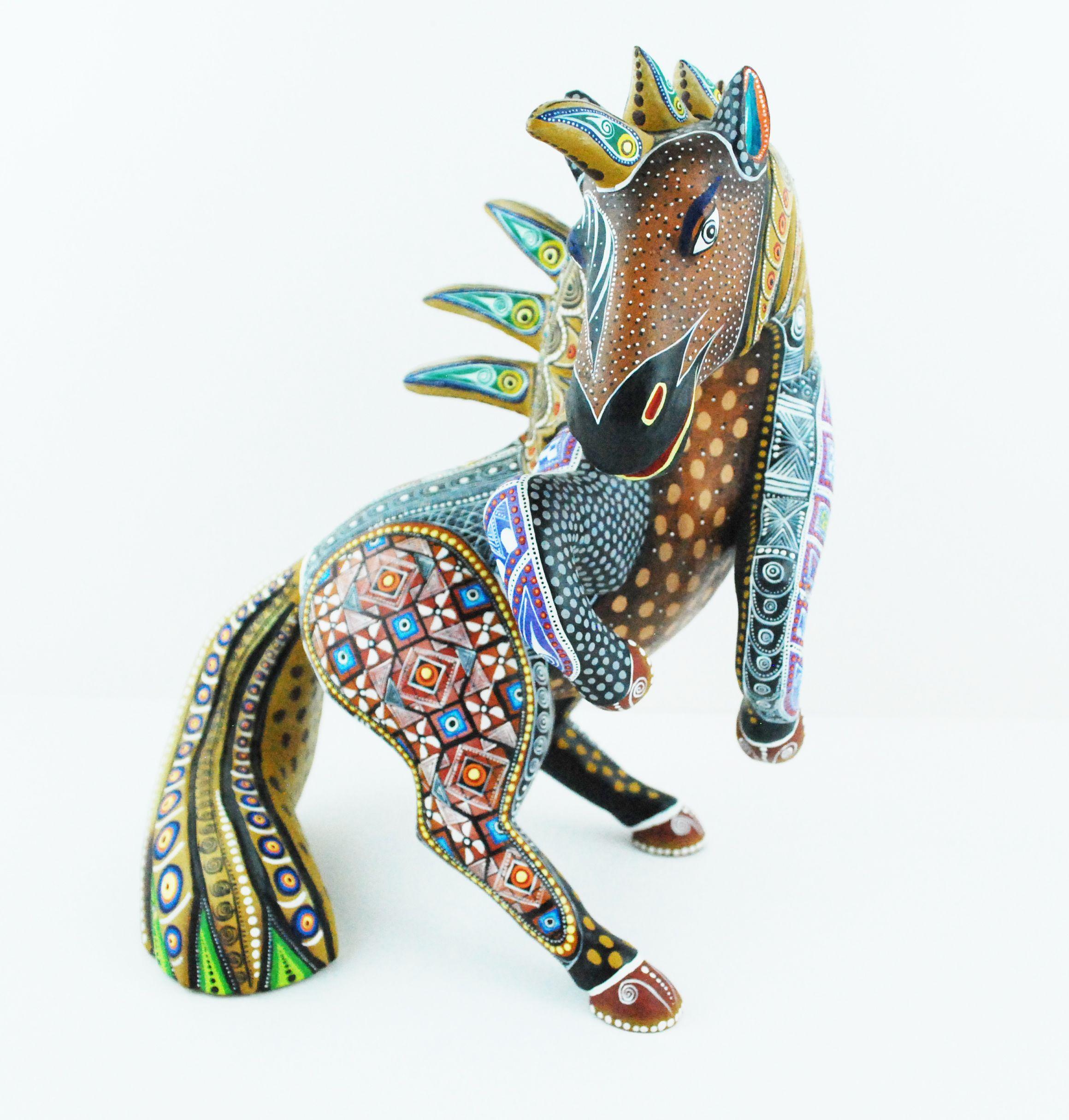 Oaxacan wood carvings manuel cruz prudencio multicolor