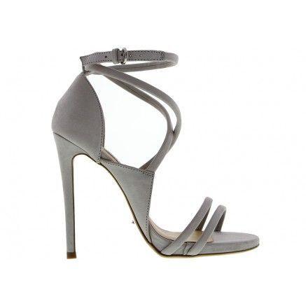 0449c6c5243e Splurge  Maria Menounos s E! News T by Alexander Wang Sleeveless Pleated  Dress and Tony Bianco Alita Sandals