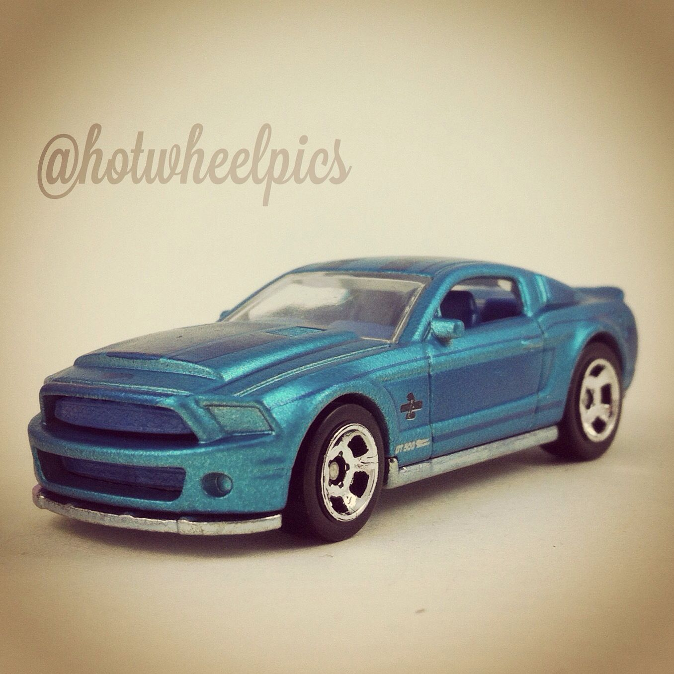 Shelby Gt500 Super Snake 2015 Hot Wheels Cool Classics Hotwheels Diecast Toys Ford Shelby Mustang Hot Wheels Super Snake Ford Gt