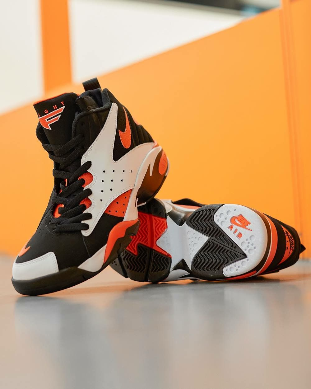 sale retailer 1fcc8 bbfdc Nike Air Maestro II LTD