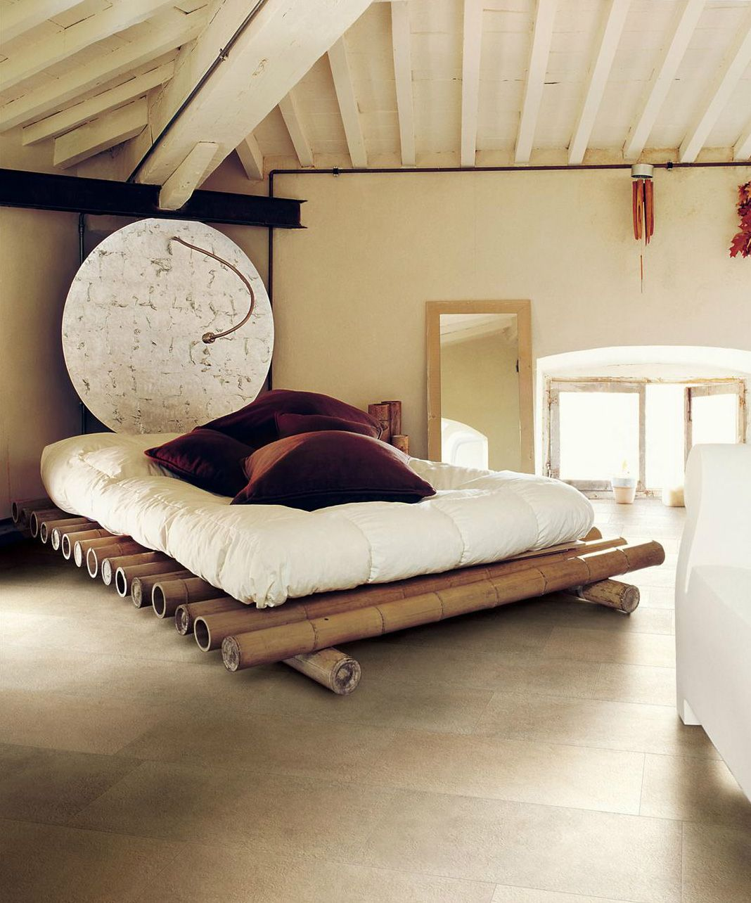 great bamboo bed so cool.