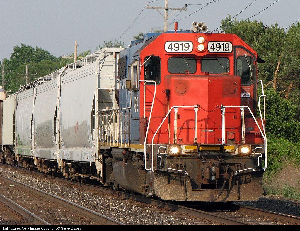 RailPictures.Net Photo: GTW 4919 Grand Trunk Western EMD GP38-2 at Flint , Michigan by Steve Davey